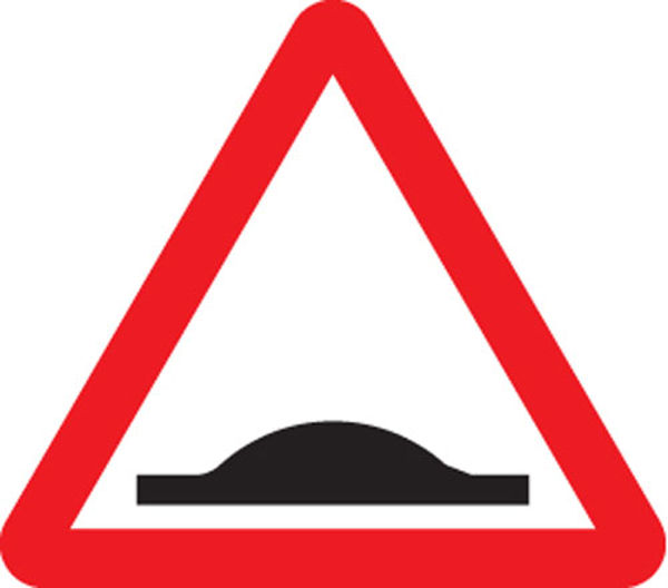 Picture of Road hump ahead class R2 Permanent 600mm triangle (3mm aluminium composite)
