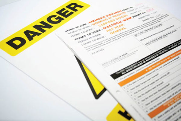Picture of Permit to Work: Confined Spaces (Pack of 10, 3part NCR)