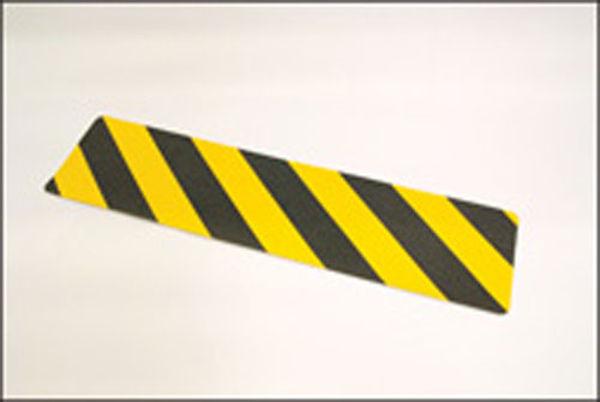 Picture of Anti-slip mat black-yellow chevron 610mm x150mm