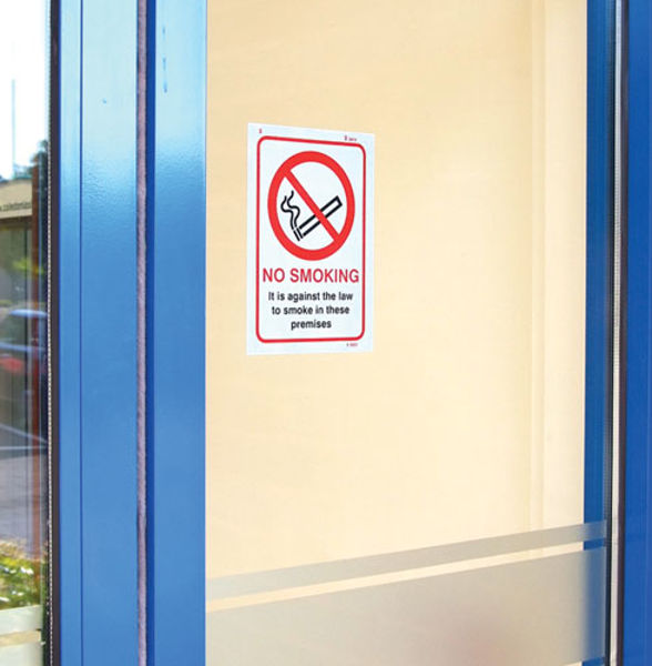 Picture of No Smoking against the law to smoke in premises A5 (face sav)